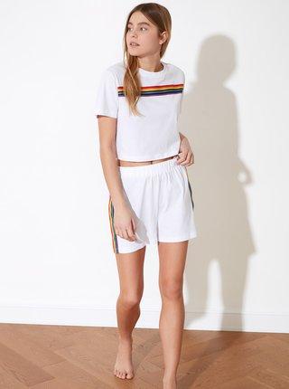 Bílé dámské pyžamo s barevnými pruhy Trendyol