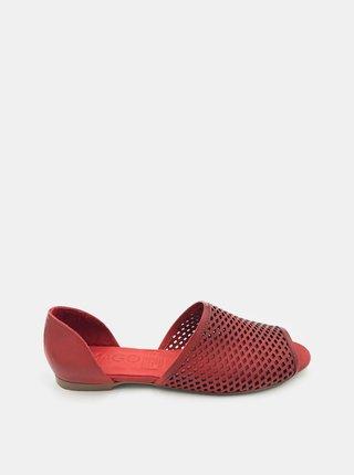 Červené dámske kožené sandálky WILD