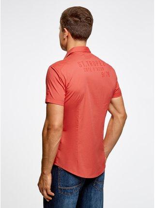 Košeľa s kapsičkami na prsiach a nápisom na chrbte OODJI