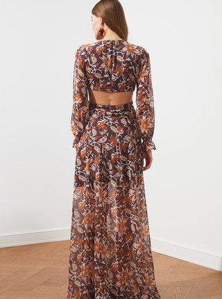 Hnedé kvetované maxišaty s rozparkami Trendyol