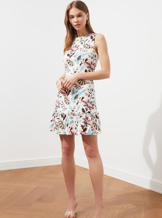 Biele kvetované šaty Trendyol
