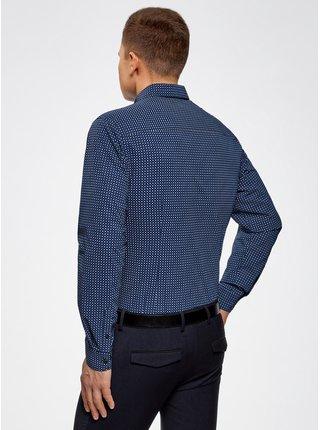 Košile se vzorem vypasovaná OODJI