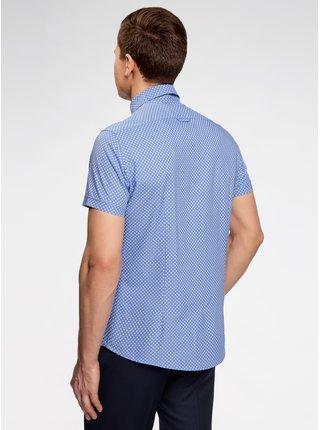 Košile vypasovaná s drobným vzorem OODJI