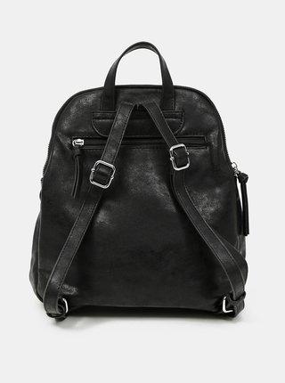Čierny prešívaný batoh s ozdobným strapcom Tamaris