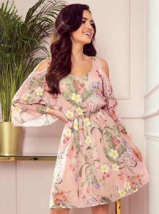 Ružové kvetované šaty s priestrihmi na ramenách numoco