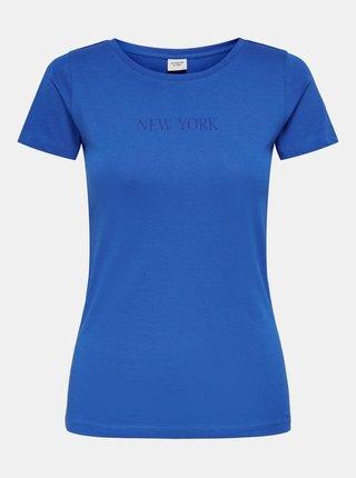 Modré tričko s nápisem Jacqueline de Yong Chicago