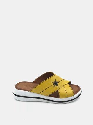 Žlté dámske kožené šľapky na platforme WILD