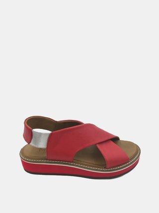 Červené kožené sandálky na platforme WILD