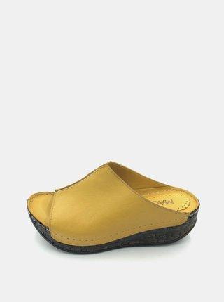 Žlté dámske kožené šľapky na plnom podpätku WILD