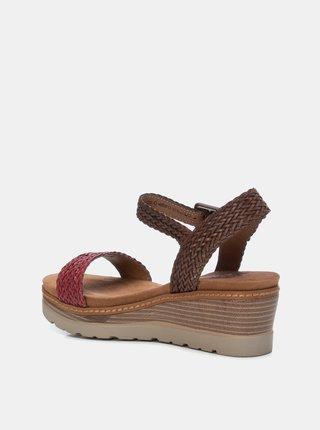 Červeno-hnedé sandálky na plnom podpätku Xti