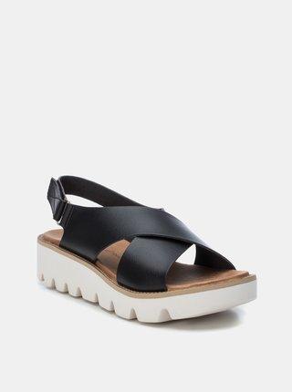 Čierne sandálky Xti