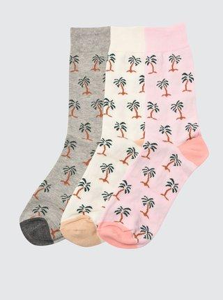 Sada troch párov vzorovaných ponožiek v krémovej a šedej farbe Trendyol