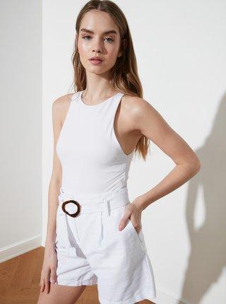 Bílé dámské kraťasy s páskem Trendyol