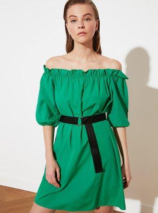 Zelené šaty s odhalenými rameny Trendyol