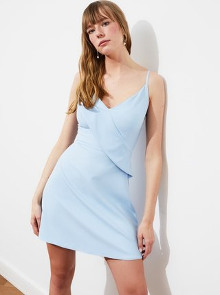 Světle modré šaty s volánem Trendyol