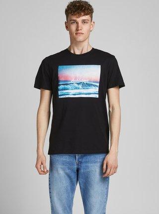 Černé tričko s potiskem Jack & Jones Summer