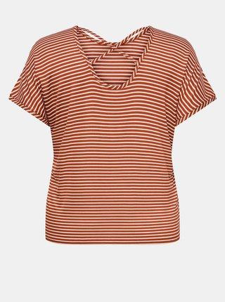 Hnedo-biele pruhované tričko ONLY CARMAKOMA