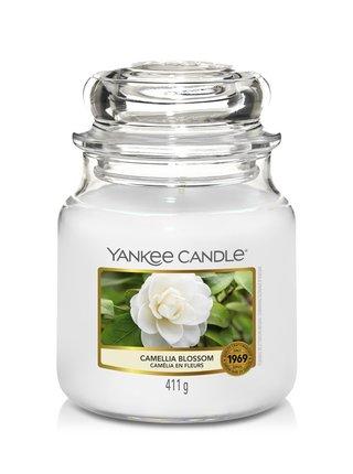 Yankee Candle vonná svíčka Camellia Blossom Classic střední