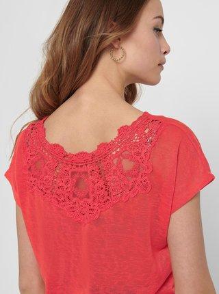 Koralové tričko s krajkovým detailom na chrbte ONLY