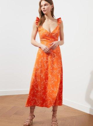 Oranžové vzorované maxišaty Trendyo