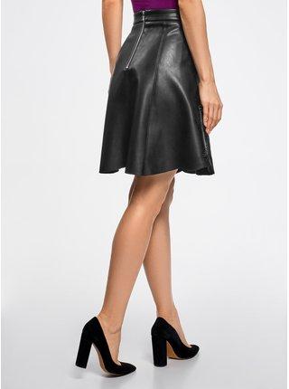 Sukňa z umelej kože s výšivkou OODJI