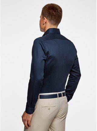 Košeľa vypasovaná s kontrastným lemovaním OODJI