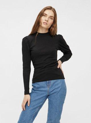 Čierne tričko so stojáčikom Pieces