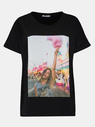 Čierne tričko s potlačou Hailys