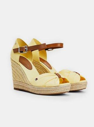 Žlté dámske sandálky na plnom podpätku Tommy Hilfiger