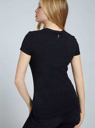 Černé dámské tričko s potiskem Guess Selina