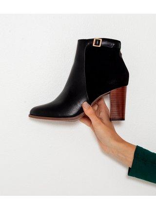 Černé chelsea boty na podpatku CAMAIEU