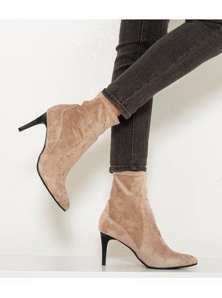 Béžové kotníkové boty v semišové úpravě CAMAIEU