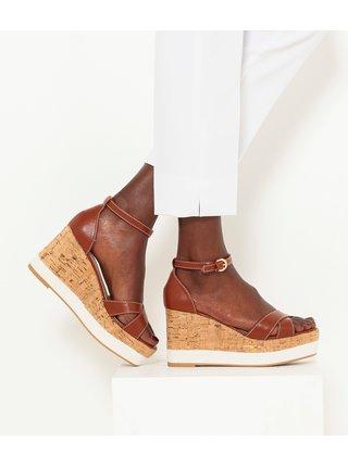 Hnědé sandálky na klínku CAMAIEU