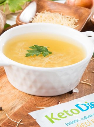 Proteinová polévka kuřecí s nudlemi KetoDiet (7 porcí)
