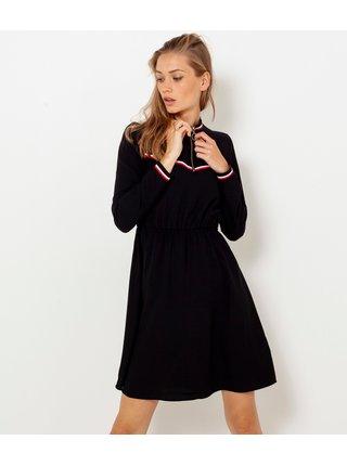 Čierne šaty so stojačikom a ozdobným lemovaním CAMAIEU