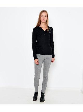 Čierny ľahký sveter s nápisom CAMAIEU