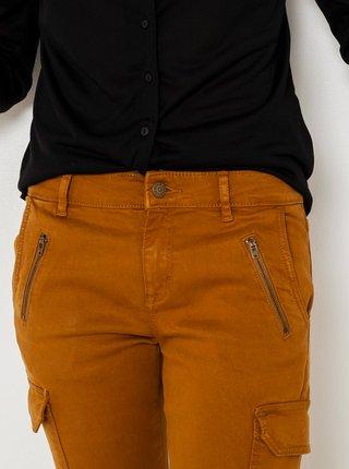 Horčicové skrátené slim fit nohavice CAMAIEU