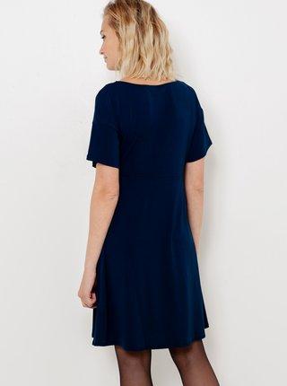 Tmavě modré šaty se šperkem v pase CAMAIEU