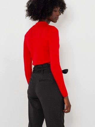Červený svetr se stojáčkem CAMAIEU