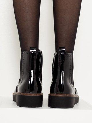 Čierne lesklé členkové topánky na platforme CAMAIEU