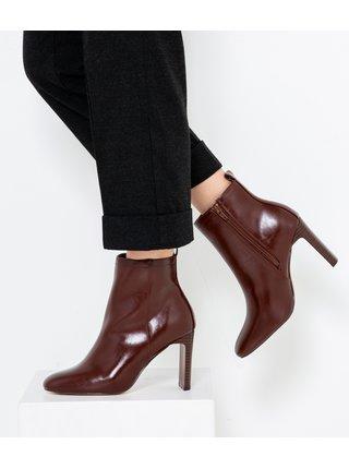Vínové topánky na vysokom podpätku CAMAIEU