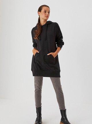 Čierne mikinové šaty s kapucou Moodo