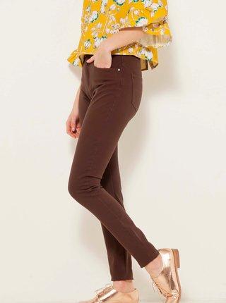 Hnědé skinny fit kalhoty CAMAIEU