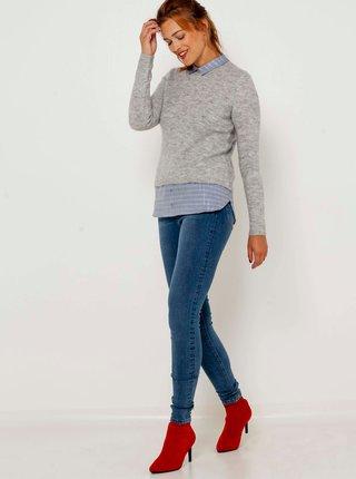 Svetlošedý žíhaný sveter s všitou košeľovou časťou CAMAIEU