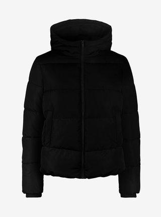 Černá prošívaná bunda s kapucí Pieces Bee