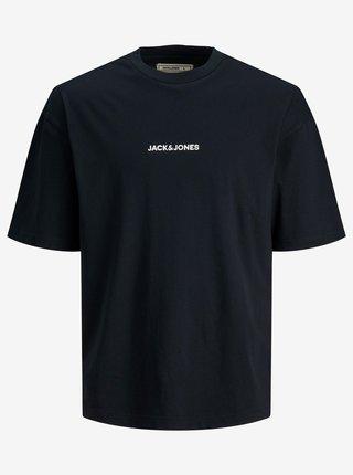 Tmavě modré tričko s nápisem Jack & Jones Boxy