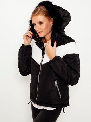 Bílo-černá bunda s kapucí a umělým kožíškem CAMAIEU