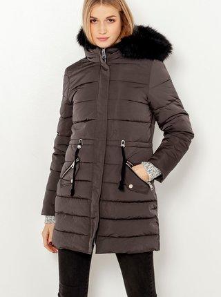 Tmavě šedá prošívaná bunda s kapucí a umělým kožíškem CAMAIEU