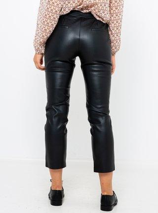 Černé koženkové zkrácené kalhoty CAMAIEU