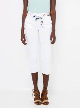 Bílé 3/4 kalhoty s páskem CAMAIEU